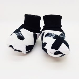 mono crosses baby booties 1