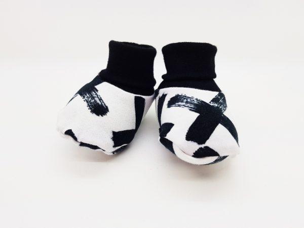 mono crosses baby booties 1